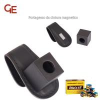 Buffalo De Luxe Porta gesso magnetico da cintura, in simil pelle nera, abbinato ad una scatola di gesso per stecca Pioneer.