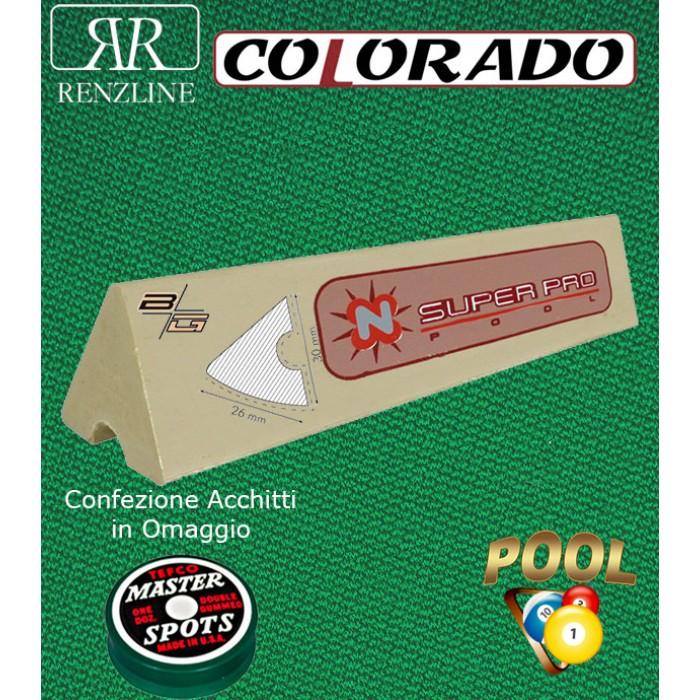 Colorado panno biliardo 43% lana e 57% poliestere. Taglio panno cm.280x168 per biliardo Pool 8 piedi, campo da gioco cm. 224x112. In abbinamento set di 6 gomme sponde Longoni Super Pro, ed omaggio.
