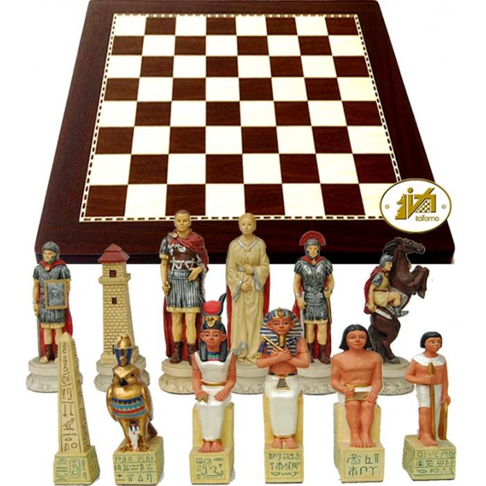 Scacchi artistici tematici Italfama guerra Romani contro Egiziani, Cesare e Cleopatra Re h cm.8, con scacchiera simil legno ebano, dimensioni cm.40x40, casa mm.40.