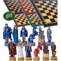Completo scacchi tematici figure del mondo di Re Artù. Re h cm.8, e scacchiera Italfama, similcuoio, colore a scelta, cm. 40x40, campo da gioco cm. 36x36, casa cm. 4,5x4,5.