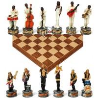 Completo scacchi tematici musicisti jazz vs musicisti rock, Re h cm.8, e scacchiera Rechapados Ferrer De luxe in legno intarsiato noce  e acero, cm. 45x45. casa mm.40x40.