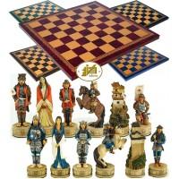 Completo scacchi tematici figure di Samurai, mitici guerrieri Giapponesi. Re h cm.8, e scacchiera Italfama, similcuoio, colore a scelta, cm. 40x40, campo da gioco cm. 36x36, casa cm. 4,5x4,5.