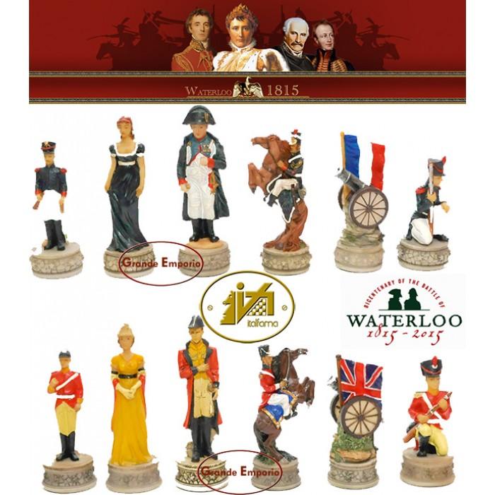 Scacchi artistici tematici Italfama Firenze, in resina, dipinti a mano, figure della Battaglia di Waterloo. Re ht. cm.8. base diametro cm.2,5. Originale Idea regalo!