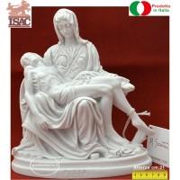 Statua La Pietà di Michelangelo riproduzione di Amilcare Santini in polvere di marmo altezza cm.21, rifinita a mano. Raffinata idea regalo.