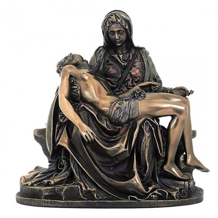 Statua La Pietà di Michelangelo riproduzione in resina bronzata altezza cm.26. Elegante prodotto firmato. Italfama Firenze.